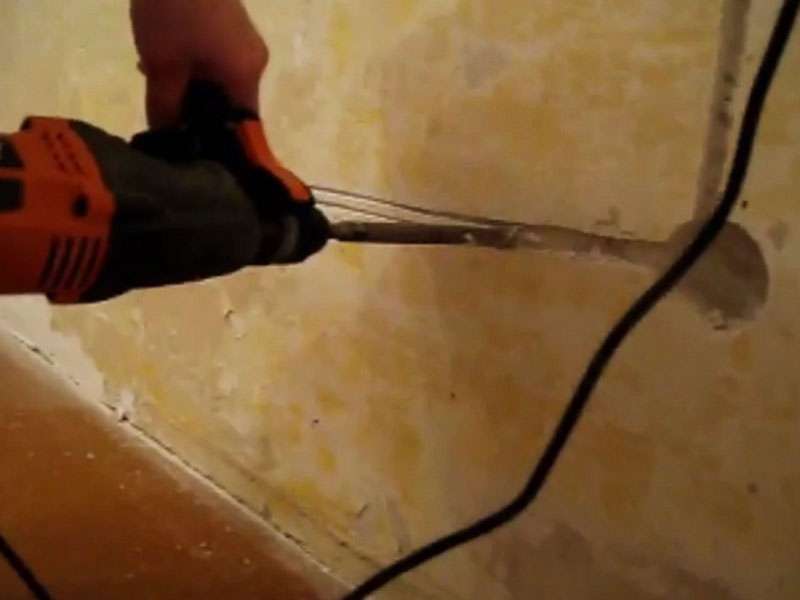 Штробление стены под проводку своими руками видео